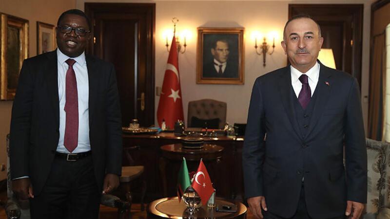 Çavuşoğlu, Zambiya Dışişleri Bakanı Malanji ile bir araya geldi