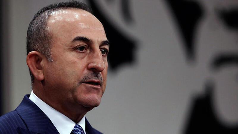 Bakan Çavuşoğlu, öğrenciler ile video konferans yöntemiyle bir araya geldi