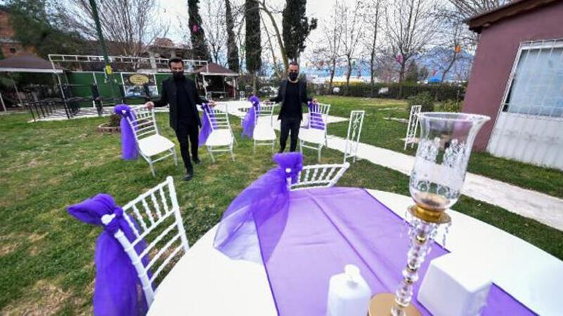 Bir saati az bulan çiftler, düğünlerini erteliyor