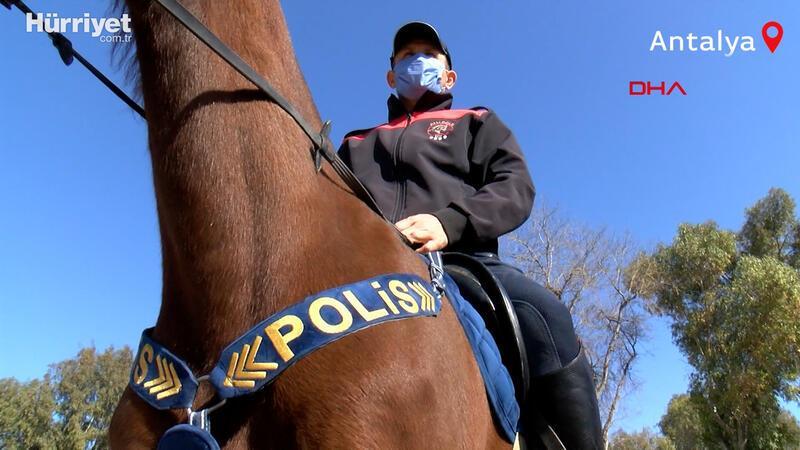 Atlara dumanlı, davullu eğitim