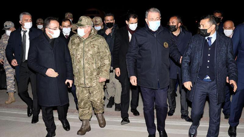 Milli Savunma Bakanı Hulusi Akar, beraberindeki heyet Elazığ'da