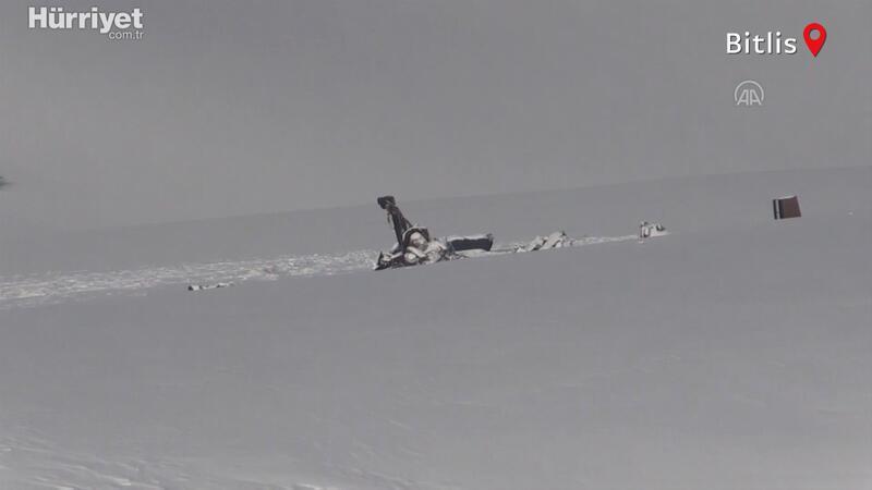 Tatvan'da düşen helikopterin enkazındaki incelemeler sürüyor