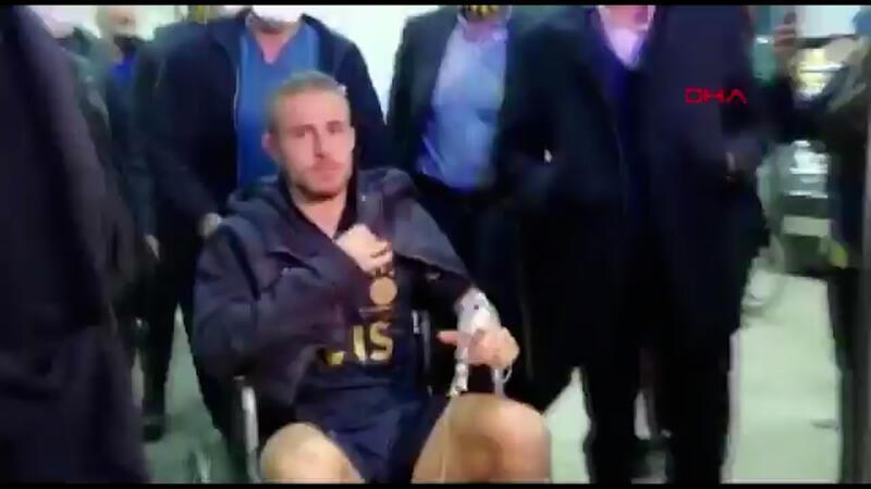 """Pelkas: """"Maç kaç kaç bitti, Serdar Aziz kart gördü mü?"""""""