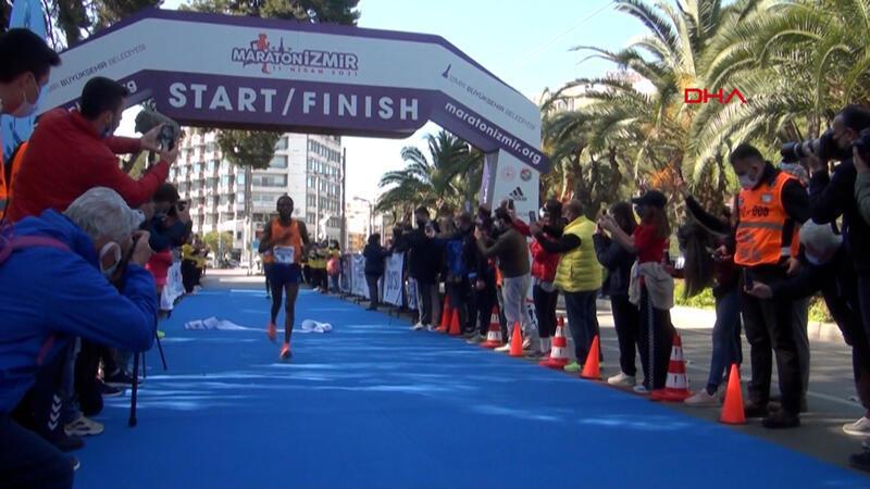 Maratonİzmir'de Türkiye'deki en iyi derece geldi