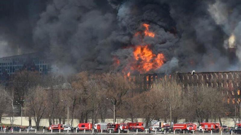 Rusya'da fabrikada yangın: Ölü ve yaralılar var