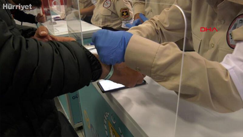 KKTC'de bileklikle karantina takip sistemi uygulaması başladı