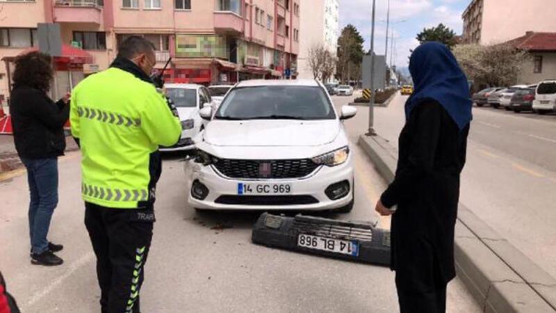 Kaza yerinden kaçarken, plakasının da olduğu tampon düştü