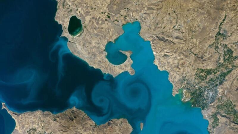 NASA'nın yarışmasında uzaydan çekilen Van Gölü fotoğrafı birinci seçildi