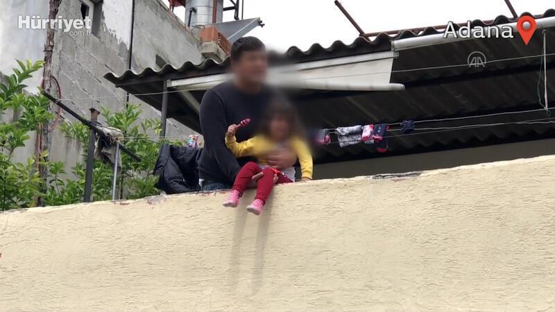 Babasının rehin tutup damdan atmakla tehdit ettiği 4 yaşındaki çocuk kurtarıldı