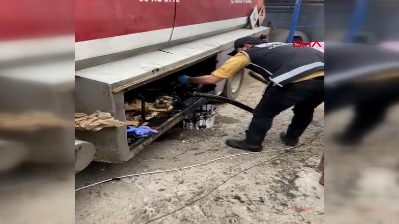İzmir'de kaçakçılık operasyonlarında 5 gözaltı