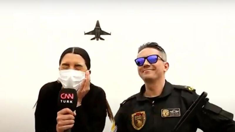 Tarih yazan pilotlar! Efsaneler kapılarını CNN TÜRK'e açtı
