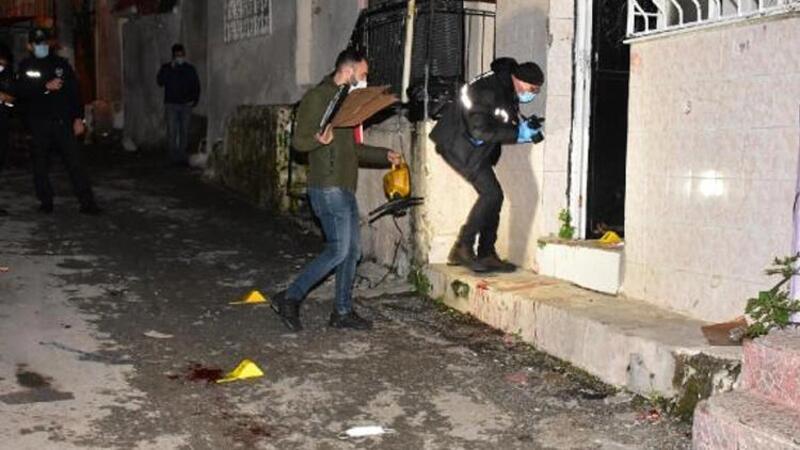 İzmir'de misafirliğe gittiği evde husumetlisi tarafından tabancayla vuruldu