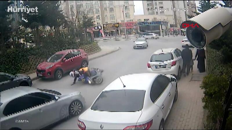 Başakşehir'de kuryenin ölümden döndüğü kaza, kamerada