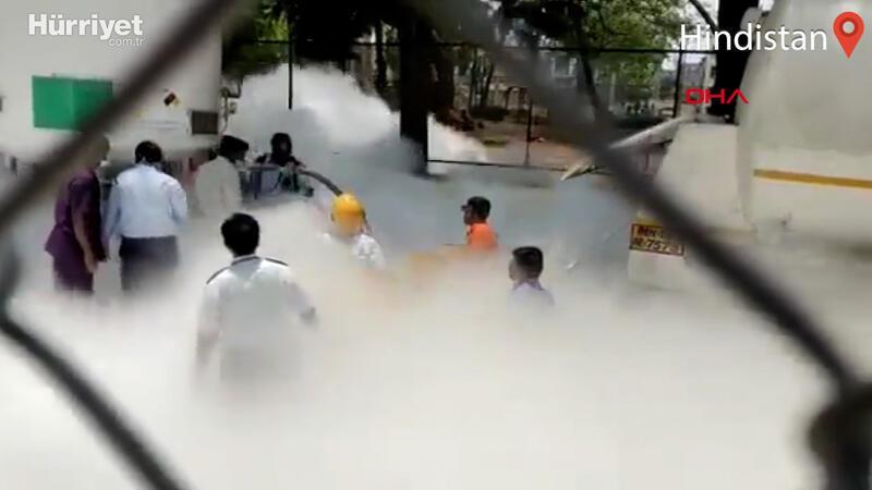 Hindistan'da hastanede can pazarı! Oksijensiz kalarak can verdiler