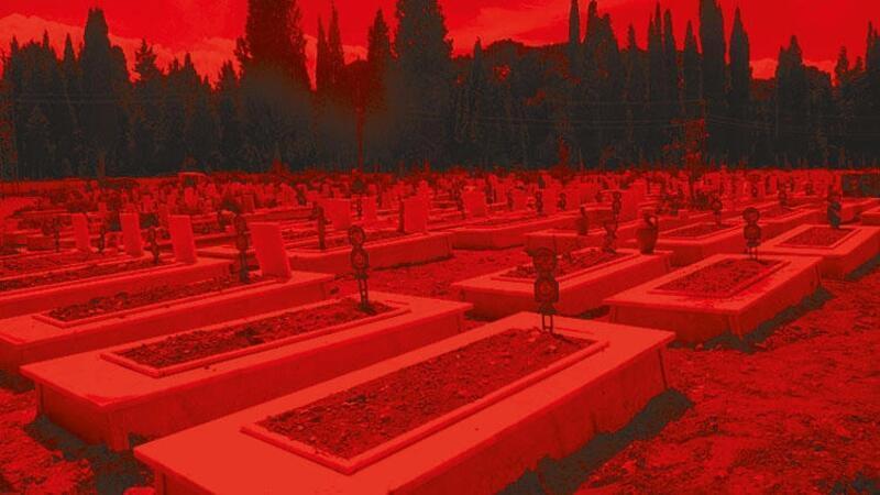 Manisa'da cenazeler karıştı, ikinci kez toprağa verildi