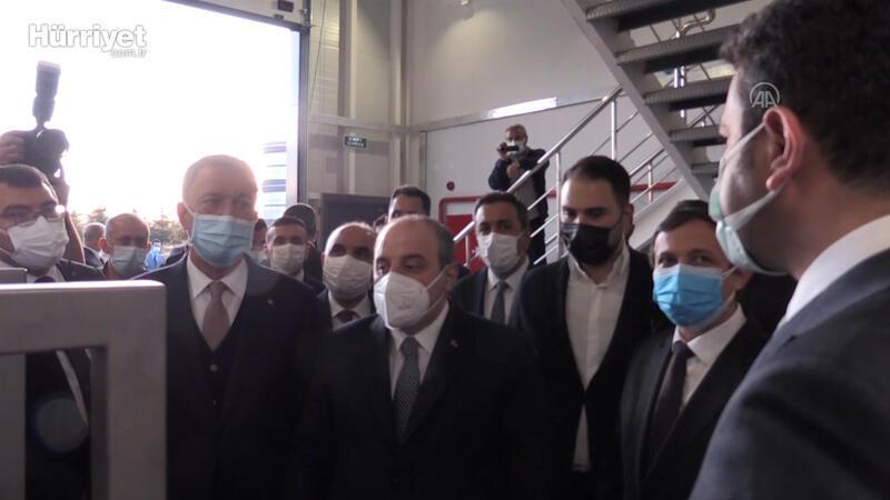 Bakanlar Akar ve Varank, yeni aşı merkezi inşaatını ziyaret etti
