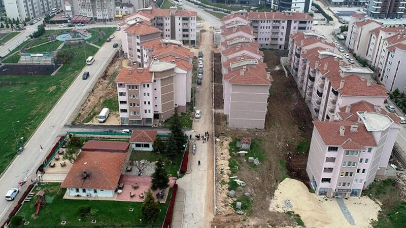 Bursa inşaatına 27 yıl önce başlanan site hala tamamlanamadı