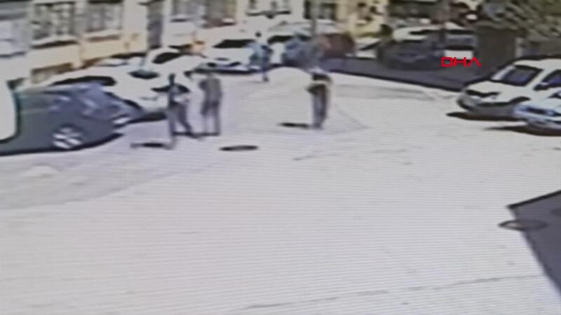 Kısıtlamada gezmeye çıkan arkadaş grubuna silahlı saldırı: 2 yaralı