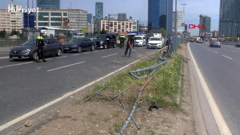 Beşiktaş'ta kazada makas iddiası: 4 yaralı 11 araç hasar gördü