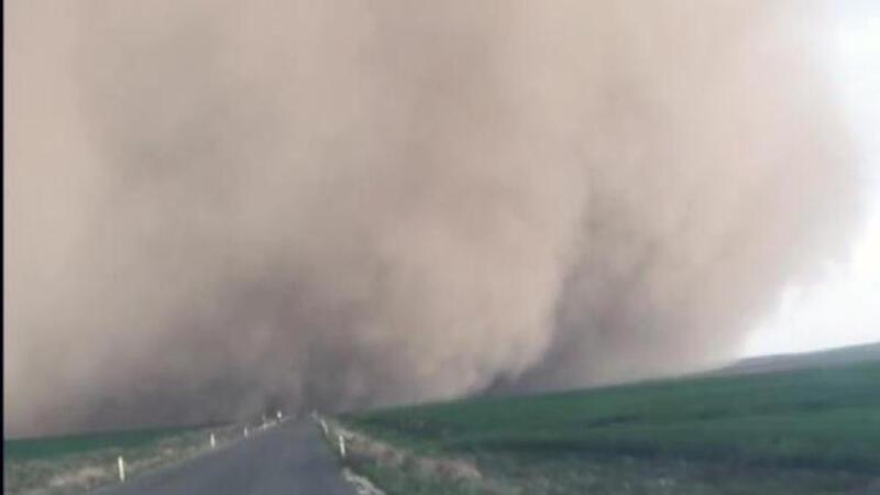 Konya'daki kum fırtınasının görüntüleri ortaya çıktı