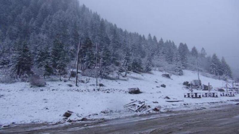 Rize'nin yaylalarına mayıs ayında kar yağdı