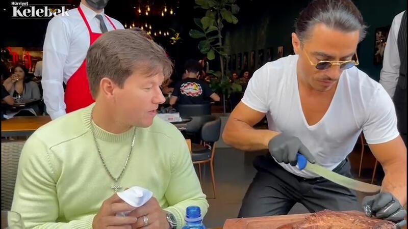 Mark Wahlberg baklavaya bayıldı