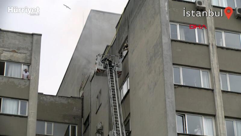 Çapa'daki İstanbul Üniversitesi İstanbul Tıp Fakültesi'nde yangın