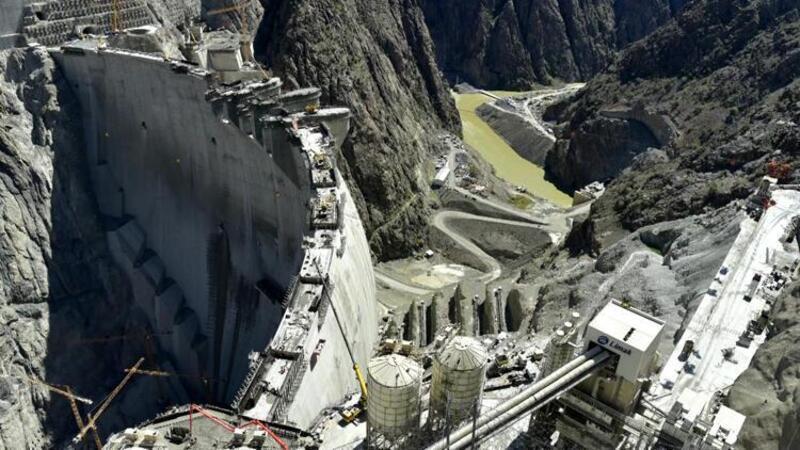Yusufeli Barajı yıl sonu devreye giriyor