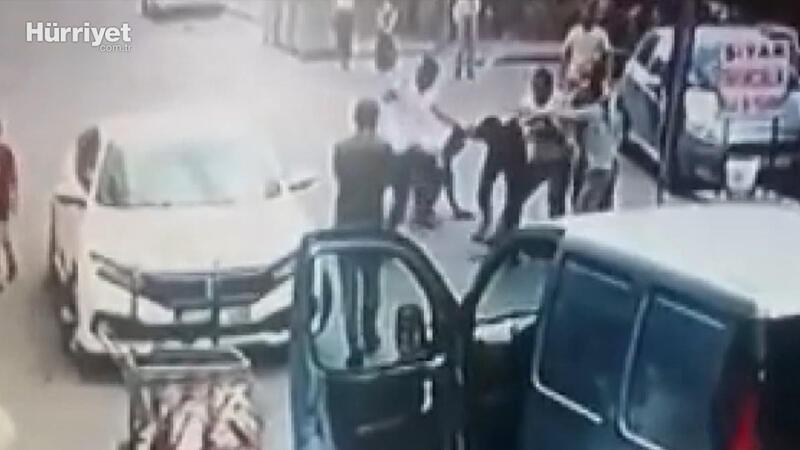Kiralık otomobille kaza yapan gence meydan dayağı!