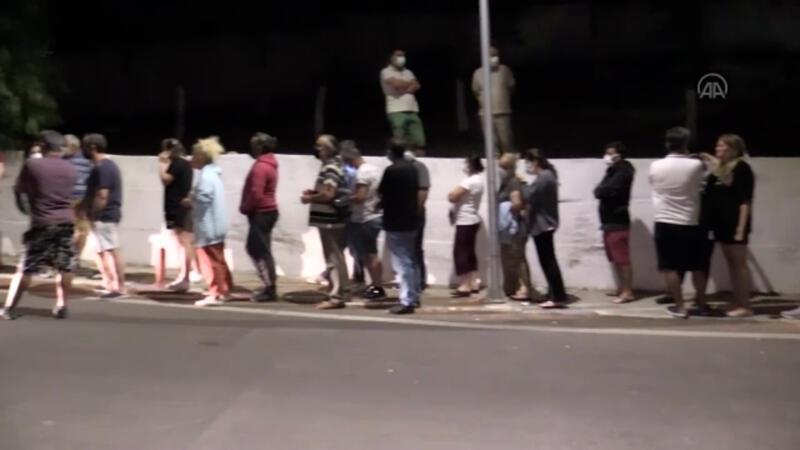 Bodrum'da Kovid-19 aşısı olmak isteyen vatandaşlar hastanede yoğunluğa neden oldu