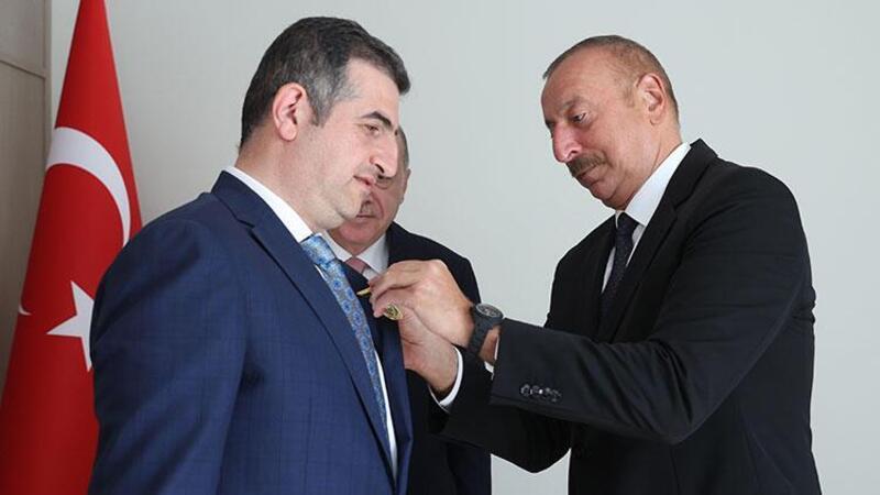 Cumhurbaşkanı Aliyev, Haluk Bayraktar'a Karabağ Nişanı verdi