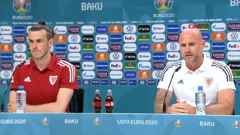 Gareth Bale ve Page'den Türkiye mesajı