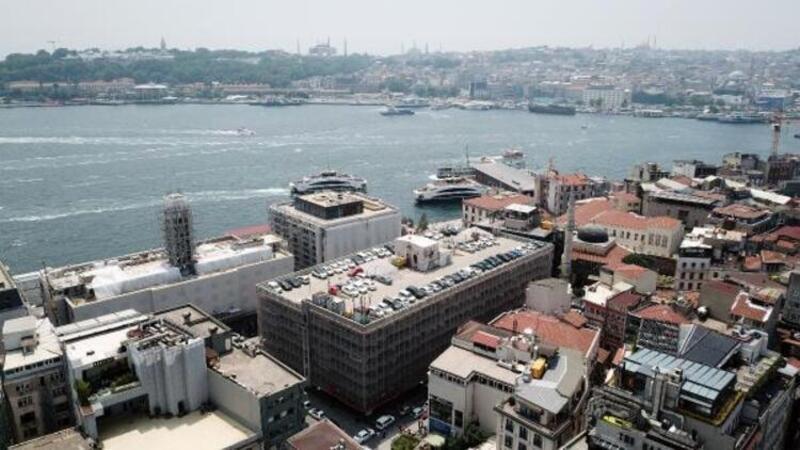 Karaköy'deki 45 yıllık 600 araçlık katlı otopark yıkılacak, yerine meydan yapılacak