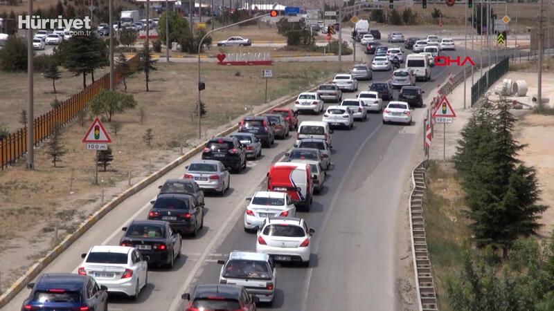 43 ilin geçiş noktası Kırıkkale'de 'dönüş' yoğunluğu