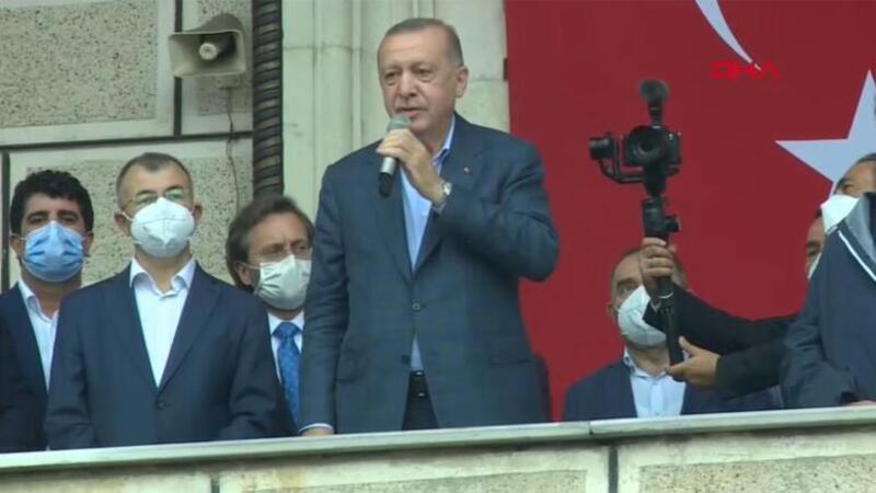 Cumhurbaşkanı Erdoğan, selden etkilenen Artvin'in Arhavi ilçesinde halka hitap etti