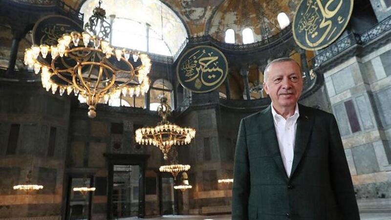 Cumhurbaşkanı Erdoğan'dan, Ayasofya-i Kebir Cami-i Şerifi'nin ibadete açılmasının yıl dönümü mesajı