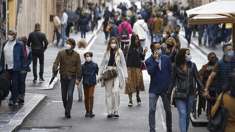 Vaka artışı yaşanan İtalya'da 'Yeşil Kart' uygulaması başlatılacak