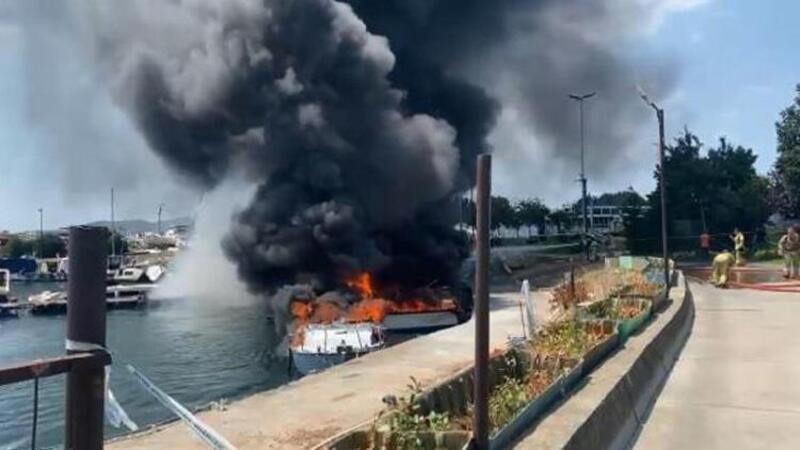 Maltepe Sahili'nde çok sayıda tekne yandı! İlk görüntüler