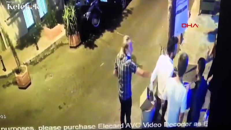 Şarkıcı Çağatay Akman'ın eski sevgilisini  darp ettiği anlar kamerada