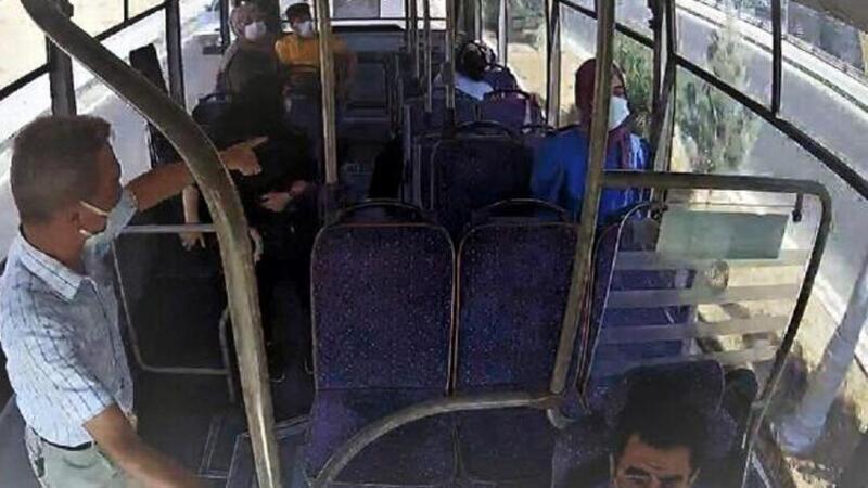 Otobüste fenalaşan kadını, şoför hastaneye yetiştirdi