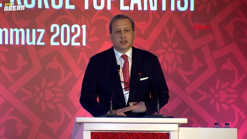 Galatasaray Başkanı Burak Elmas, TFF Olağan Genel Kurulu'nda açıklamalarda bulundu