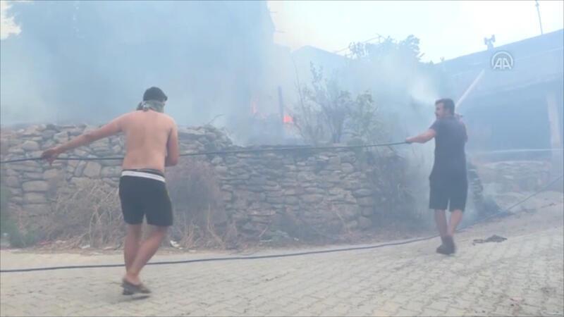 Akseki ilçesinde orman yangını çıktı