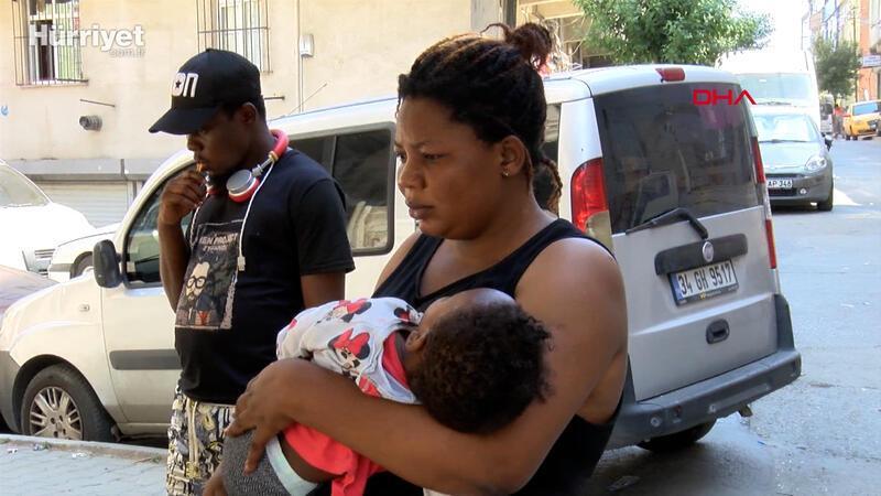 Kiralık ev ararken dolandırılan yabancı uyruklu aile sokakta yaşıyor