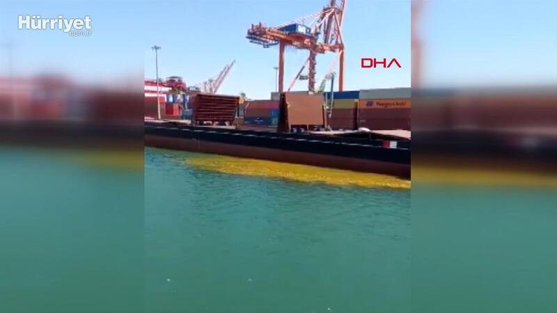 Mersin Limanı'nda gemiden denize 'paslı su' boşaltılmasına tepki