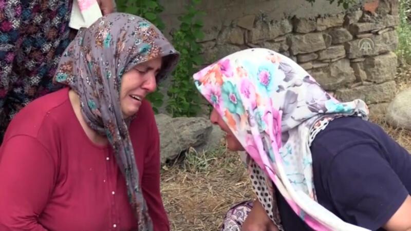 Yeni aldıkları eşyaları ve evleri yanan çift, yaşadıklarını gözyaşları içinde anlattı