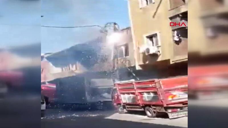 Sultangazi'de elektrik kabloları patlamalarla yandı