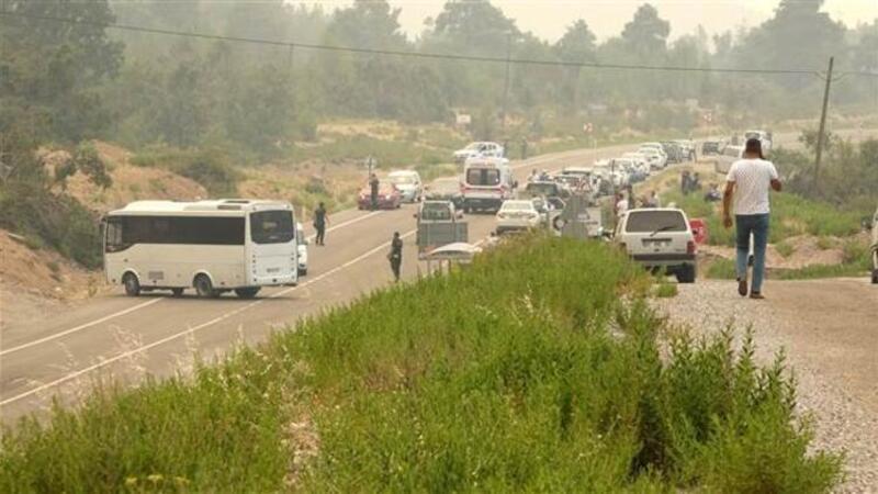 Gündoğmuş - Manavgat kara yolundan Gündoğmuş ilçe merkezine giriş trafiğe kapatıldı