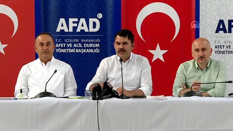 Bakanlar Mevlüt Çavuşoğlu, Murat Kurum ve Adil Karaismailoğlu, Manavgat'ta açıklama yaptı