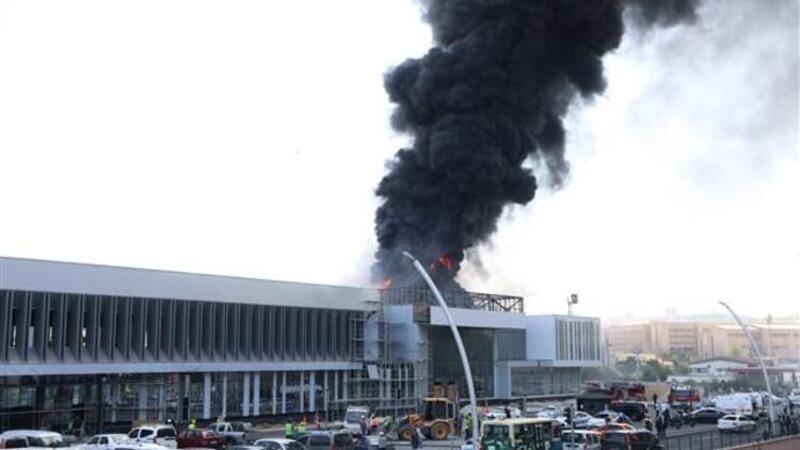 Çankaya'da hastane inşaatında yangın