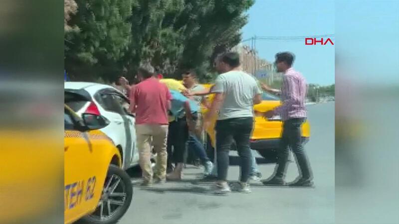 Esenyurt'ta taksi şoförleri sürücü adayına dehşeti yaşattı